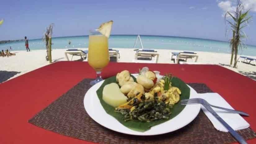 """Cannabis Urlaub im """"Jamaica Tamboo Resort""""Auf nach Jamaika & Ganja mit Freunde genießen!https://www.cannabisurlaub.com/hotelangebote/jamaica-tamboo-resort"""